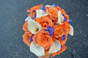 Bears themed wedding with flowers to coordinate